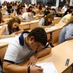 alumnos-Universidad-Sevilla-expulsados-examen_MDSIMA20100125_0012_4